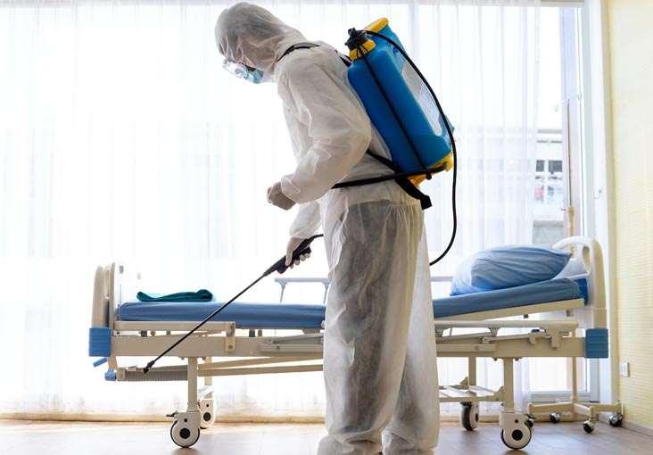 Hospitales y Laboratorios